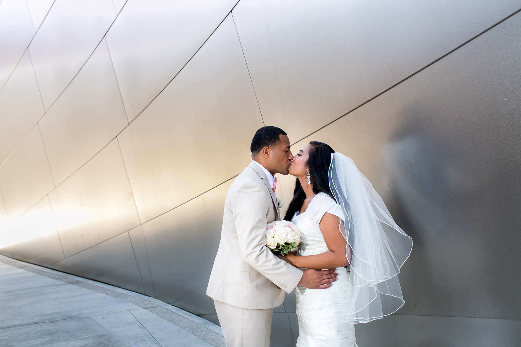 006 - disney concert hall wedding portraits photos