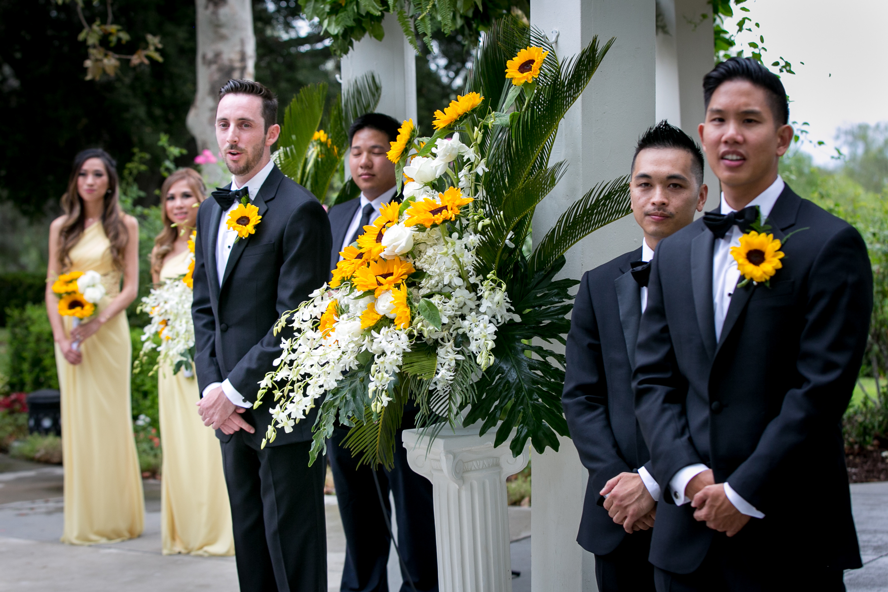 groom waits fro bride to walk down the aisle at wedding in fullerton photos