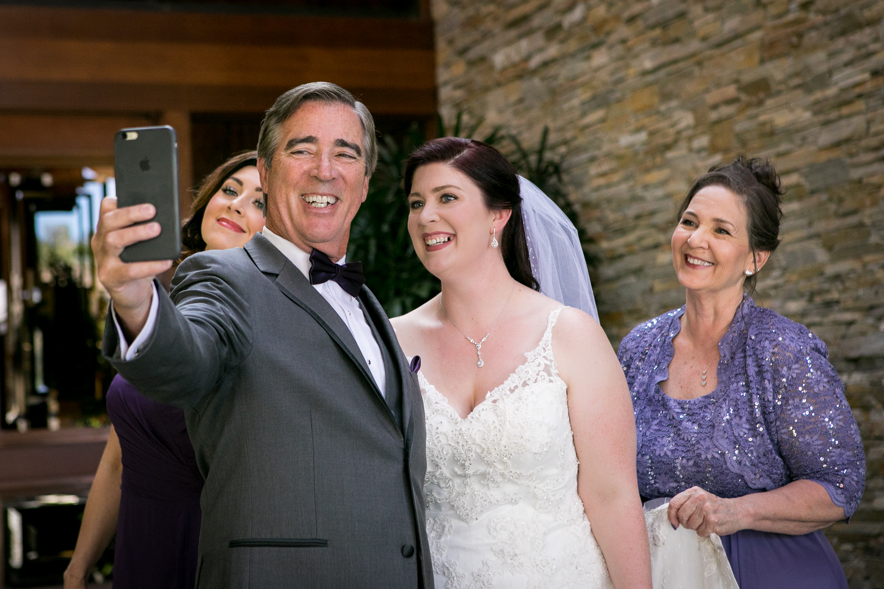 father selfie bride and family wedding at orange county photos
