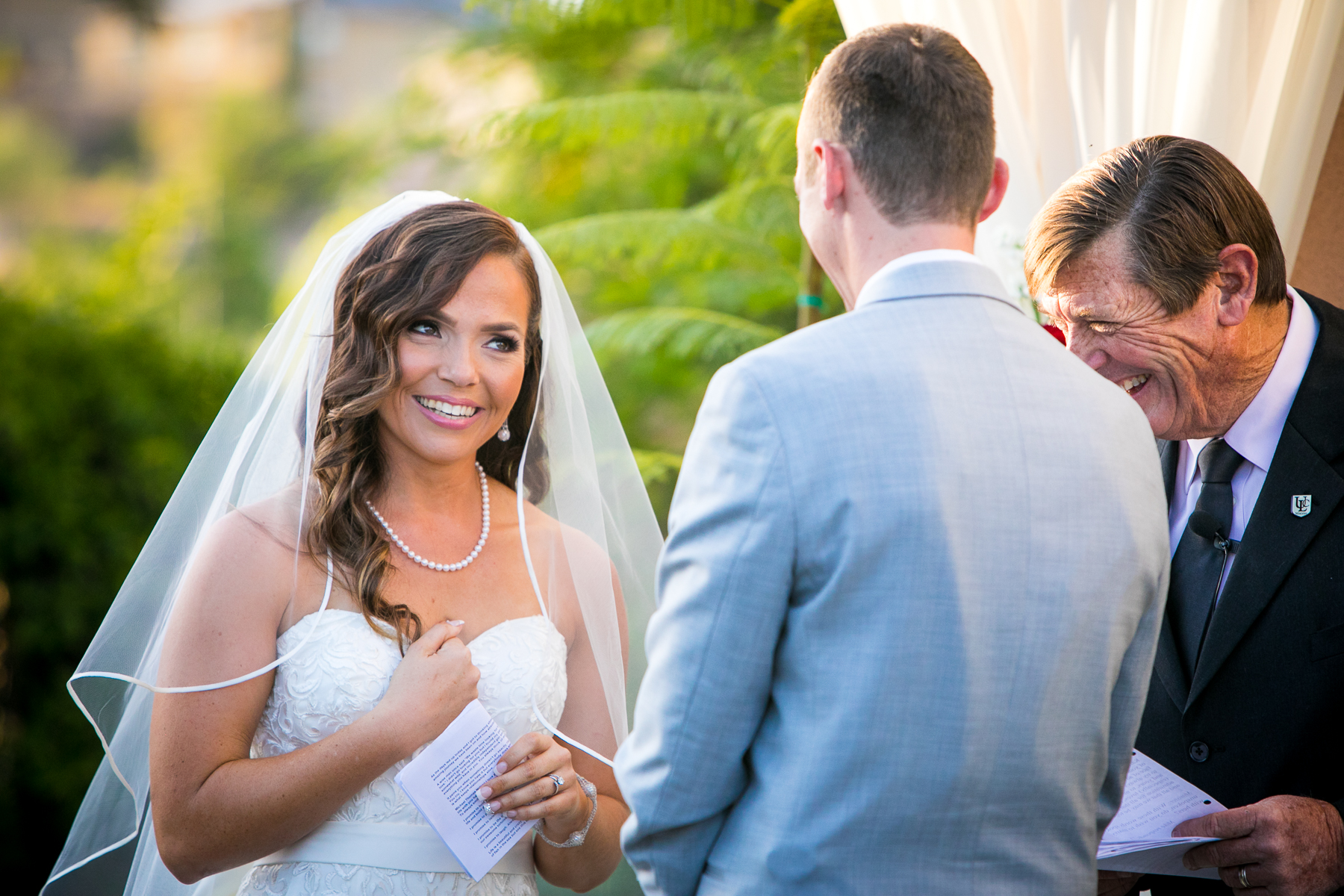 bride points at herself at wedding at the champion's club at the retreat wedding photographer