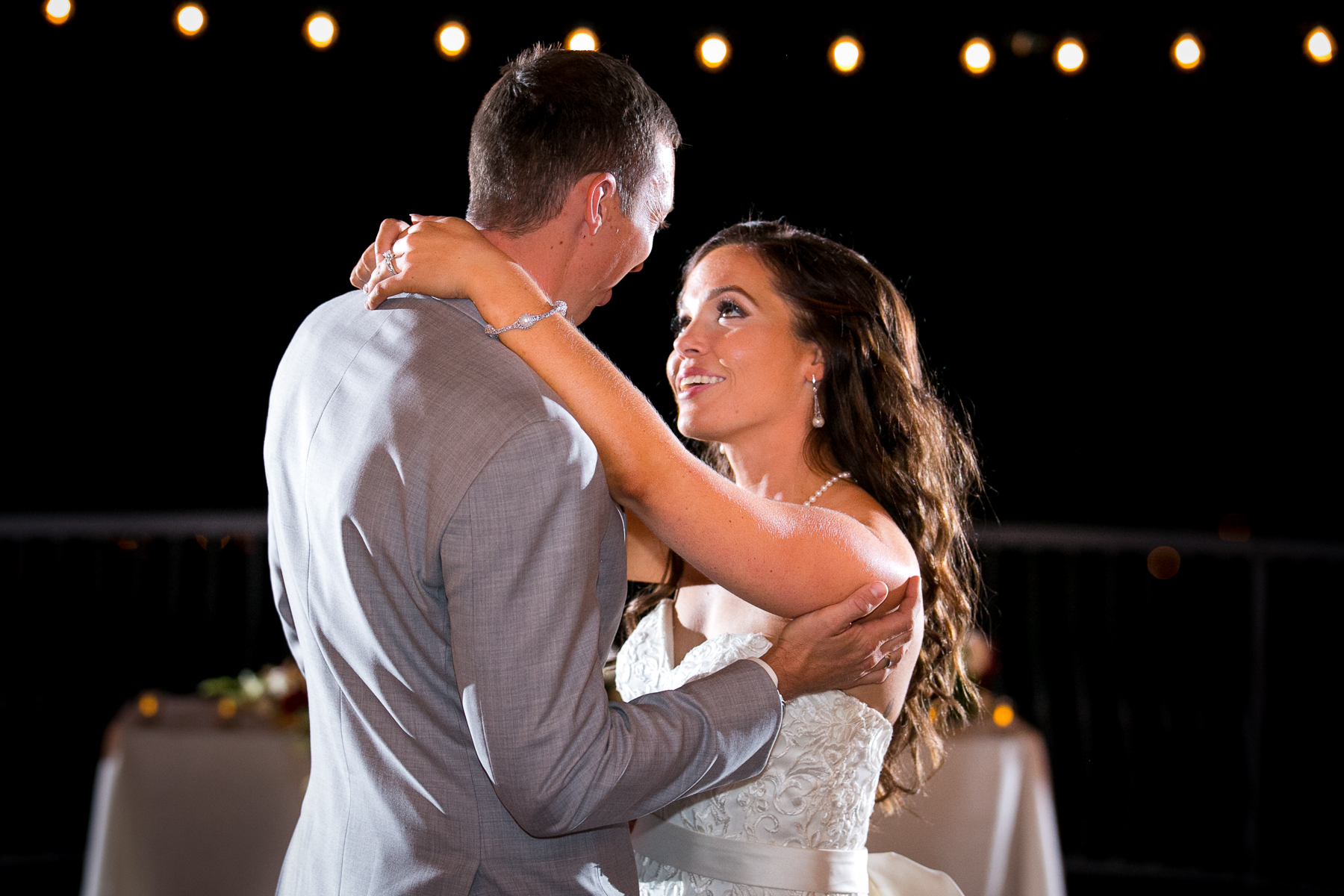 bride and groom first dance reception at the retreat wedding photos