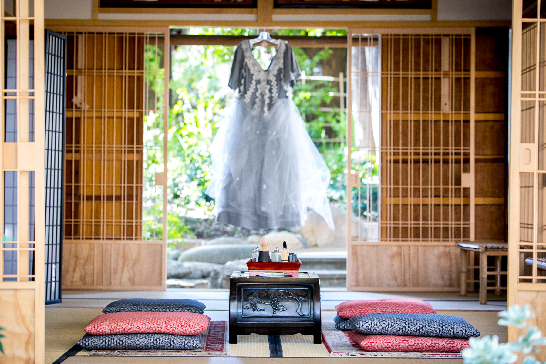 japanese tea house wedding at storrier stearns with wedding dress