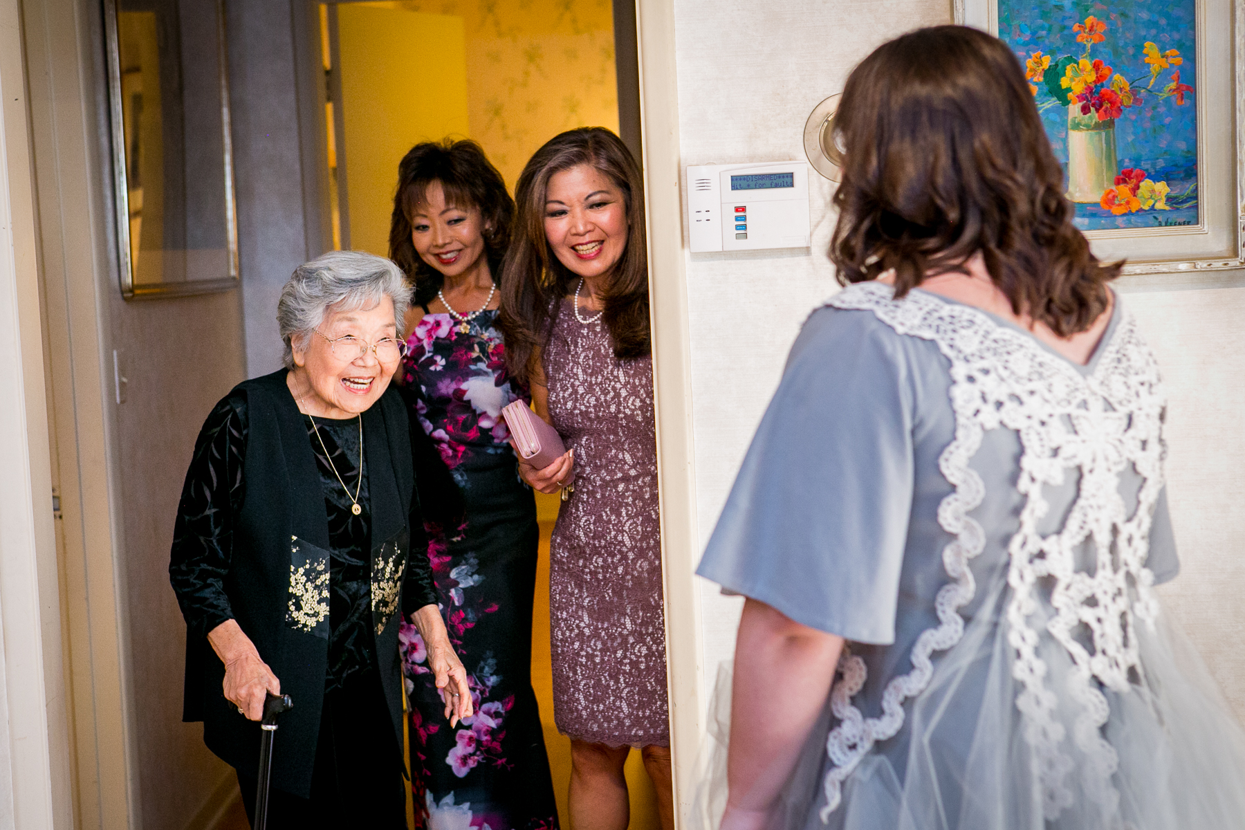 cutest japanese grandmother sees her granddaughter for first time in her wedding dress