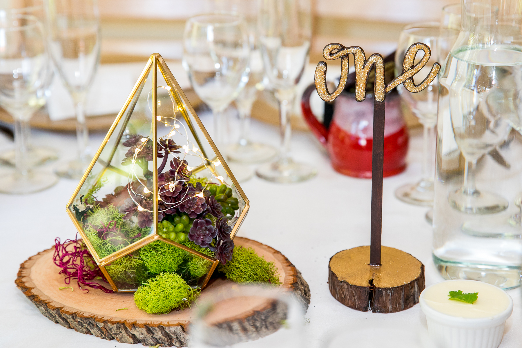 elegant wedding table centerpiece at bay area wedding photographer